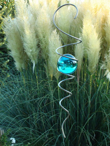 ball-spiral-turquoise-01.jpg